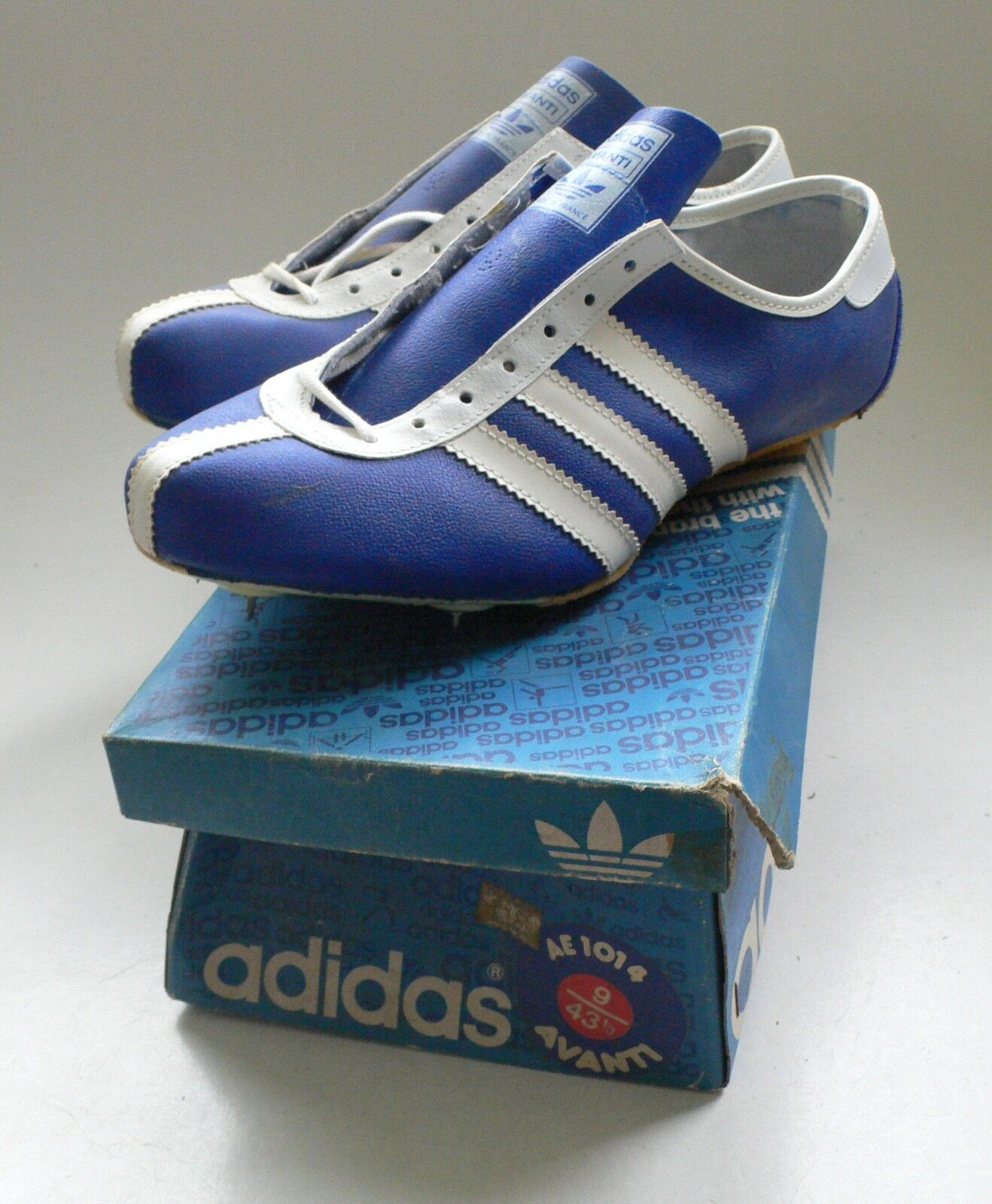 Deadstock Turnschuhe ADIDAS AVANTI Running Spikes Boxed Mens US 6,5 1960's France