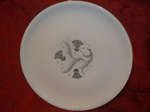 Image is loading 5-ROYAL-HEIDELBERG-WINTERLING-SABRINA-DINNER-PLATES-GERMAN & 5 ROYAL HEIDELBERG WINTERLING SABRINA DINNER PLATES (GERMAN) | eBay