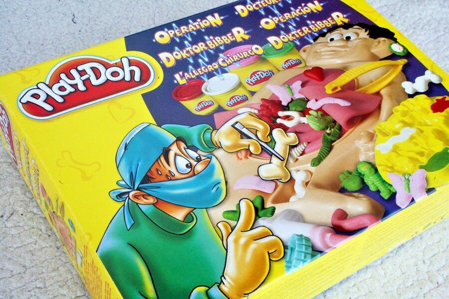 PLAY-DOH  FIX ME UP DOC (HASBRO 2003  OPERATION PACIENTE SONRIENTE) MINT NEW OS