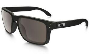 d0cfeb4a0d Oakley 9102-02 Holbrook Polished Black Grey Lens Polarized Sunglasses