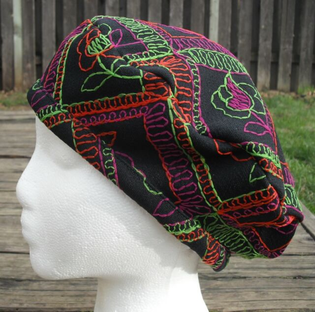 Embroidered Black Polyester Medium Size Beret - Handmade by Michaela