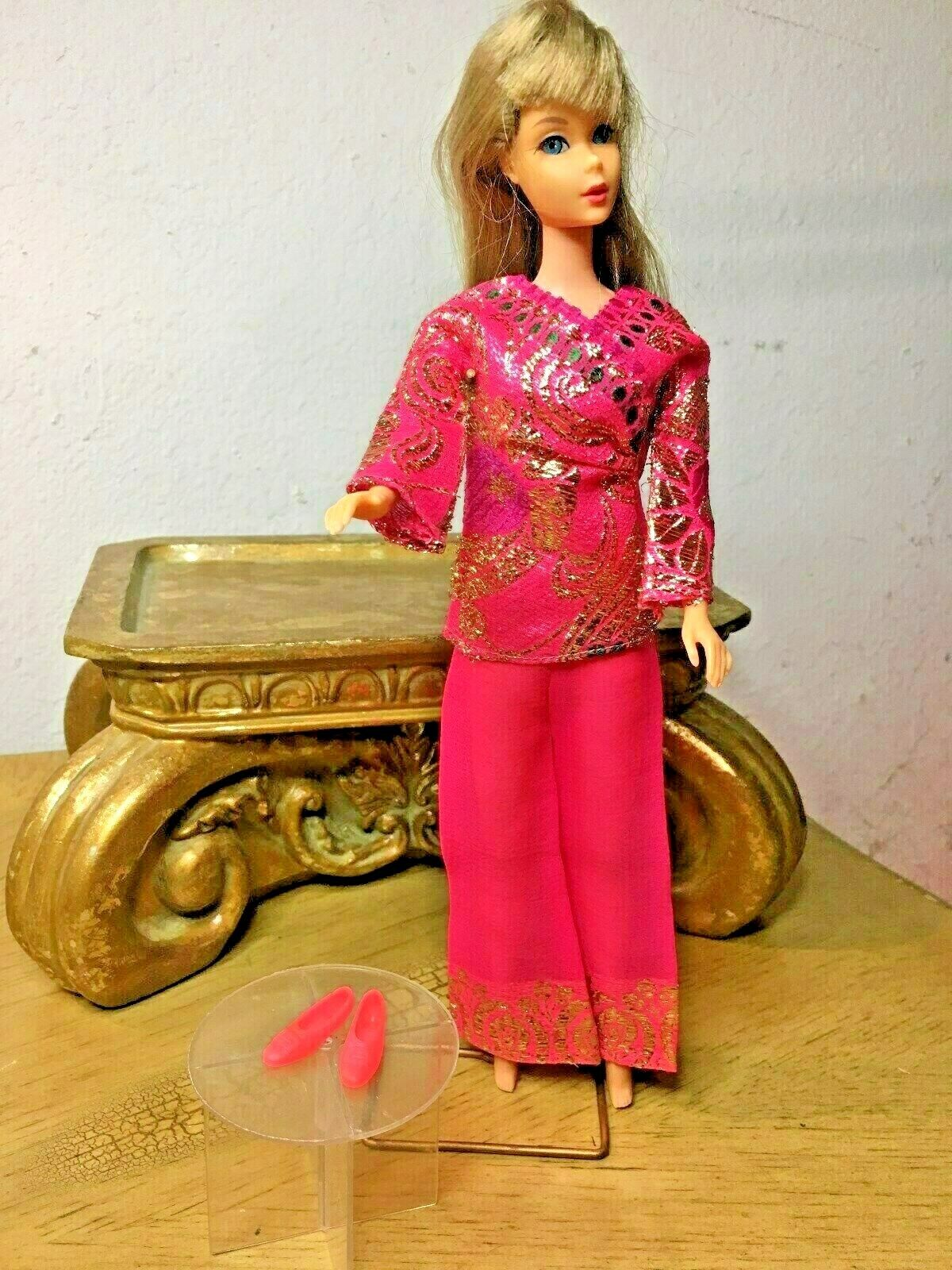 Vintage Barbie BRIGHT 'n BROCADE Outfit  1786 schuhe Great Condition No Doll