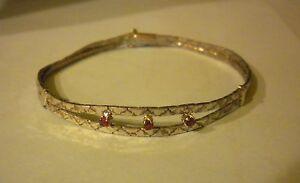 Bracelet-en-argent-massif-semi-rigide-et-rubis