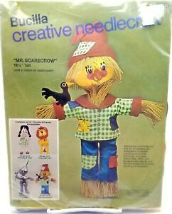 Wizard-of-Oz-Mr-Scarecrow-Fall-Craft-Kit-New-Vintage-2375