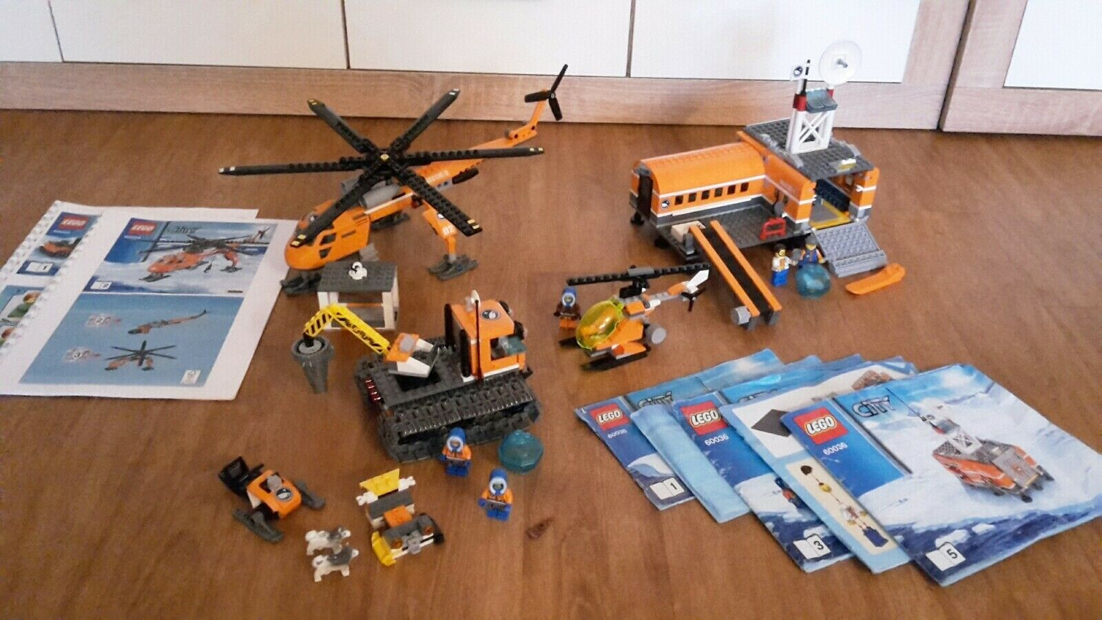 Lego 60036 City - Arktis Basislager Truck 60034 Arktis Helikopter hurricane