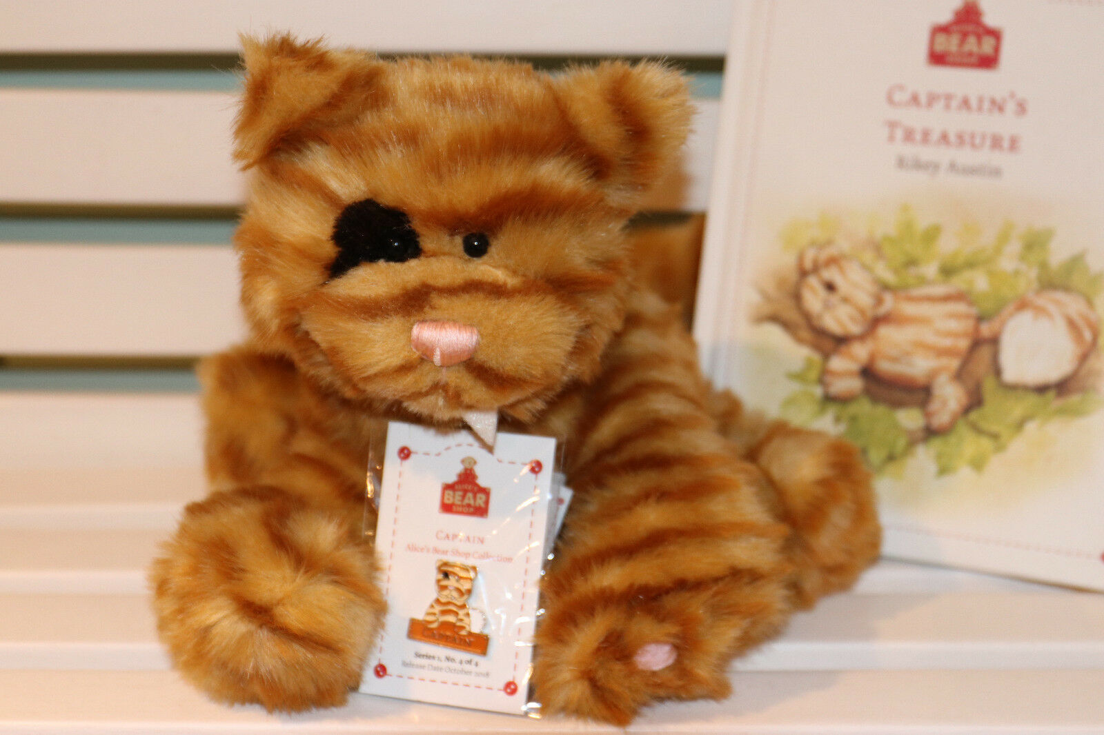 Alice'S BEAR shop-Capitano  Orso, libro e pin badge  da Charlie Bears-NUOVA CON ETICHETTA