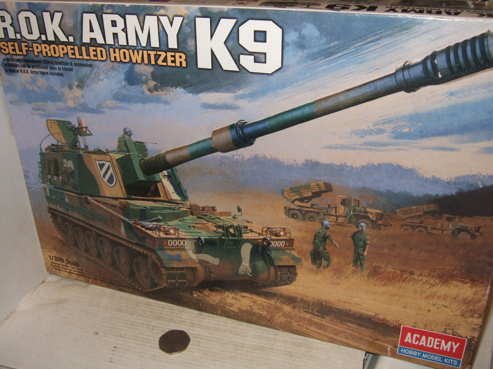 Academy 13219 Rep. South Korea K9 Self Propelled Howitzer Kit in 1 35 Scale.