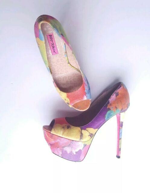 Betsey Johnson Peep Toe Platform Heels Floral Multi Color Size 8.5 Pumps