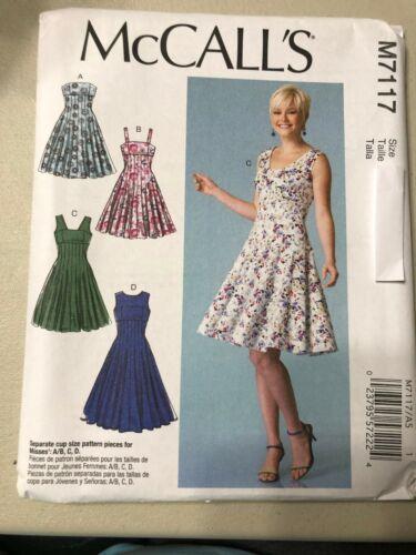 McCalls Pattern M7117 Ms Fit /& Flared Dresses w//Seam Detail /& Bodice Options