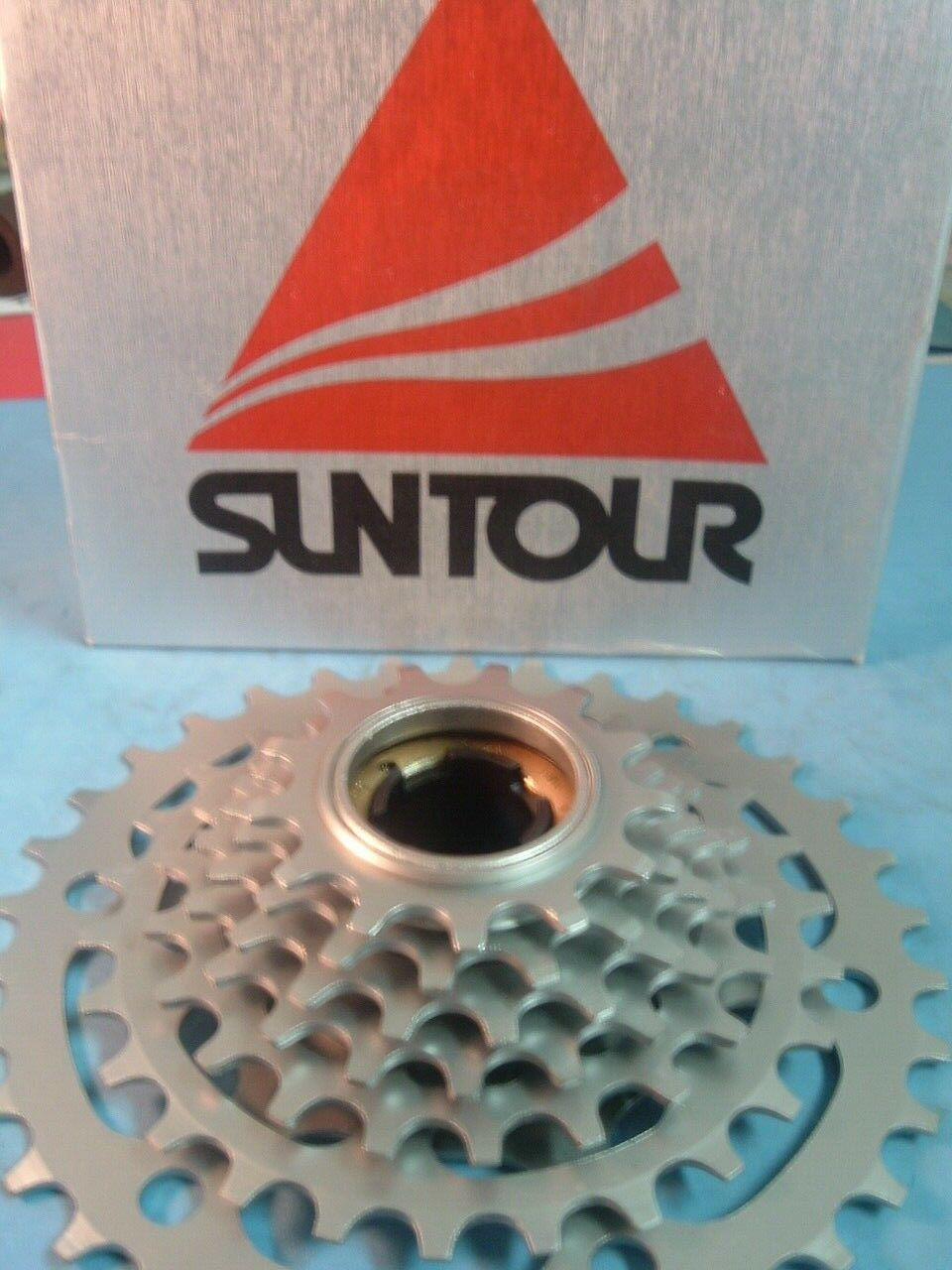 SunTour Winner Pro 7-Speed 13T-34T NEW   NOS MTB   Road Freewheel Vintage- NIB
