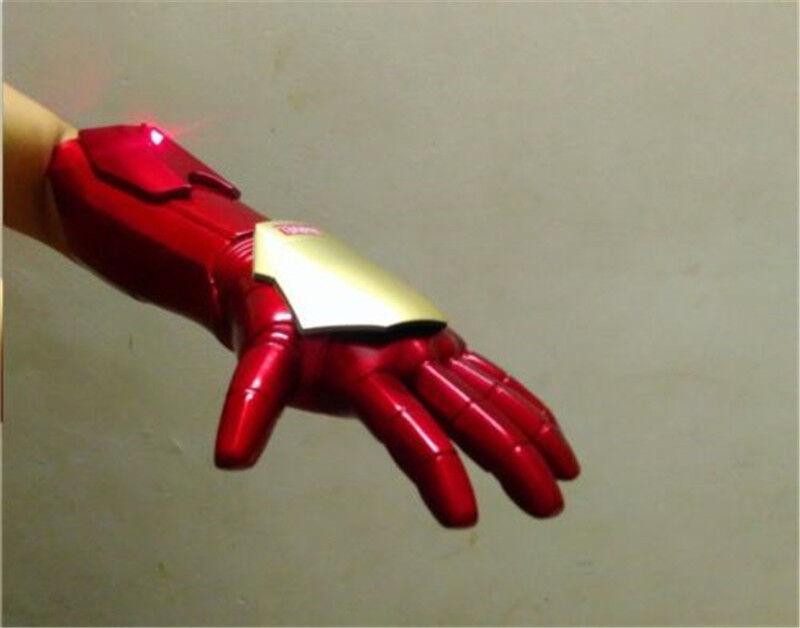 1:1 The Avengers Iron Man Man Man Tony Stark Gloves LED Light Hand Laser Cosplay Props b652ce