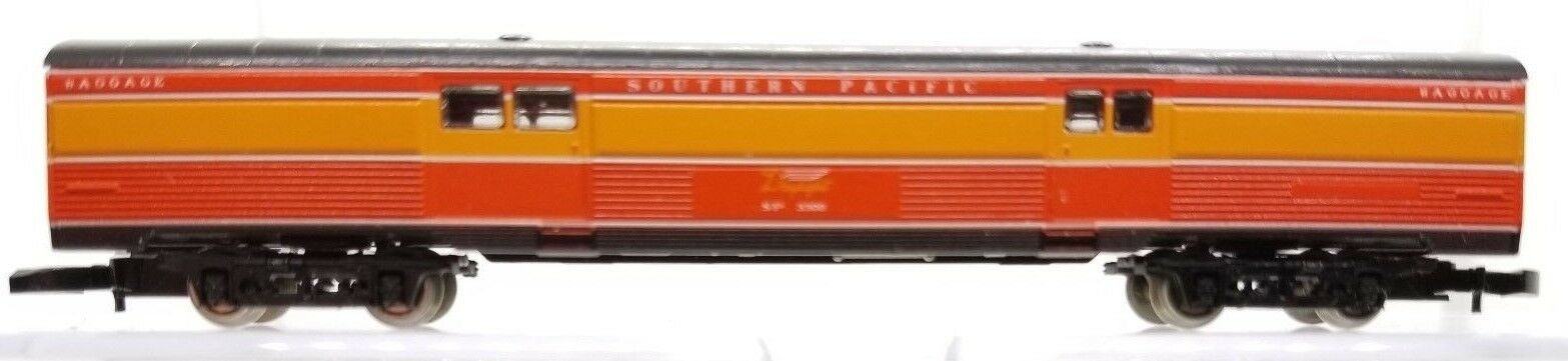 Escala Z Marklin 8788 Southern Pacific Luz Diurna coche pasajeros de equipaje