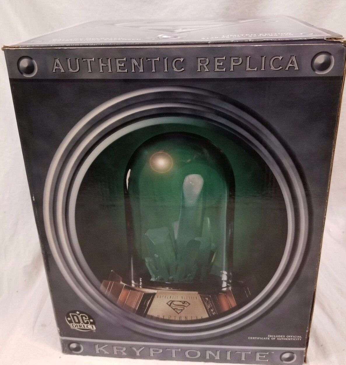 DC COMICS SUPERMAN: KRYPTONITE PROP  5/1100 Replica MINT lights up Statue Batman