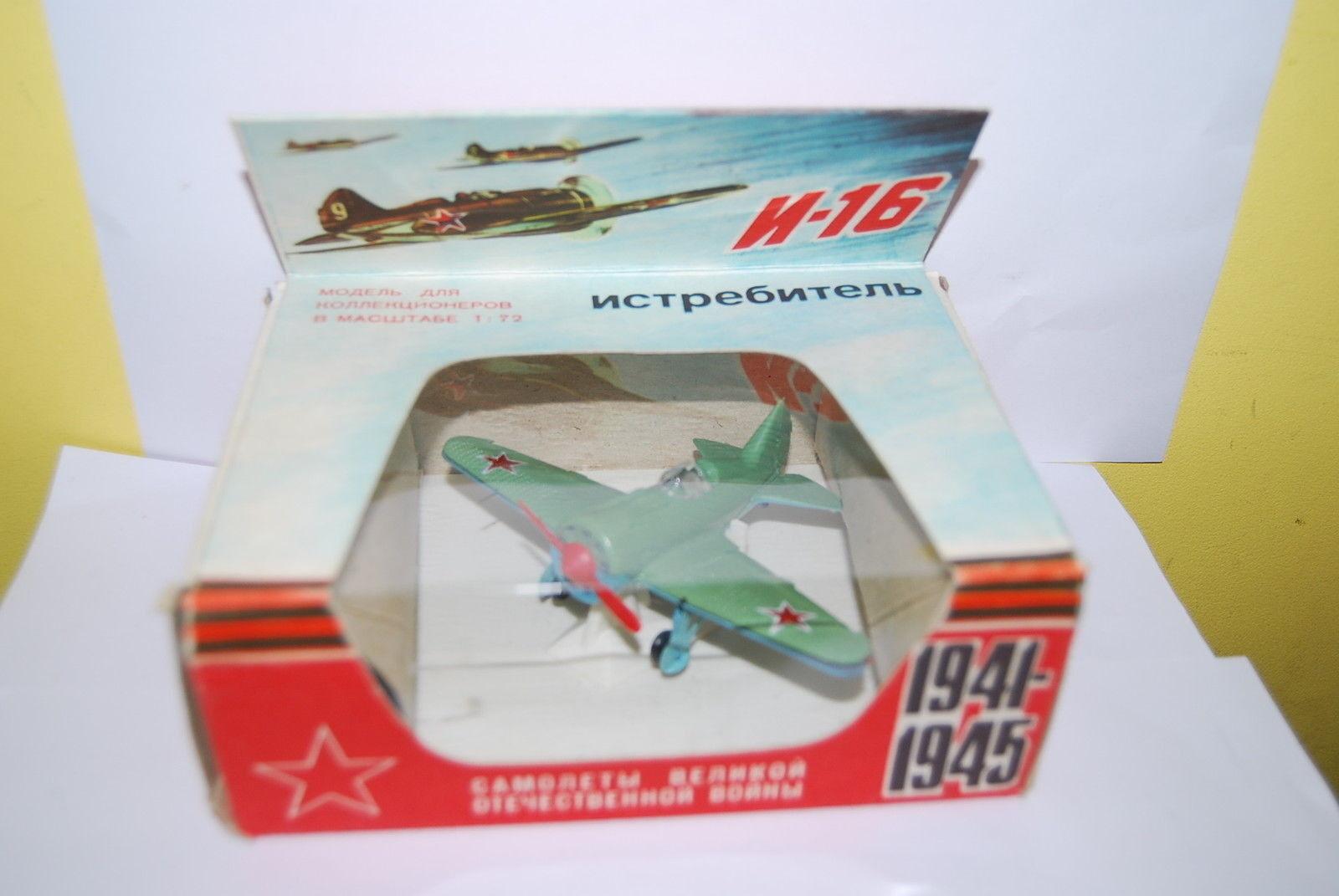 AVION RUSSE N16 VERT GUERRE 1941 1945  NEUF NEUF NEUF BOITE SCALE 1 72 5cf5ea