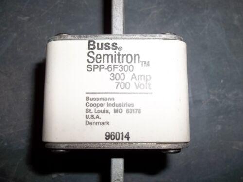BUSS SEMITRON BUSSMANN SPP-6F300 300A BOX 2 FUSE WL33-2