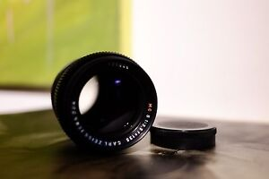 CARL-ZEISS-JENA-MC-telephoto-3-5-135-Red-MC-T-coated-135mm-M42-Sonnar-lens