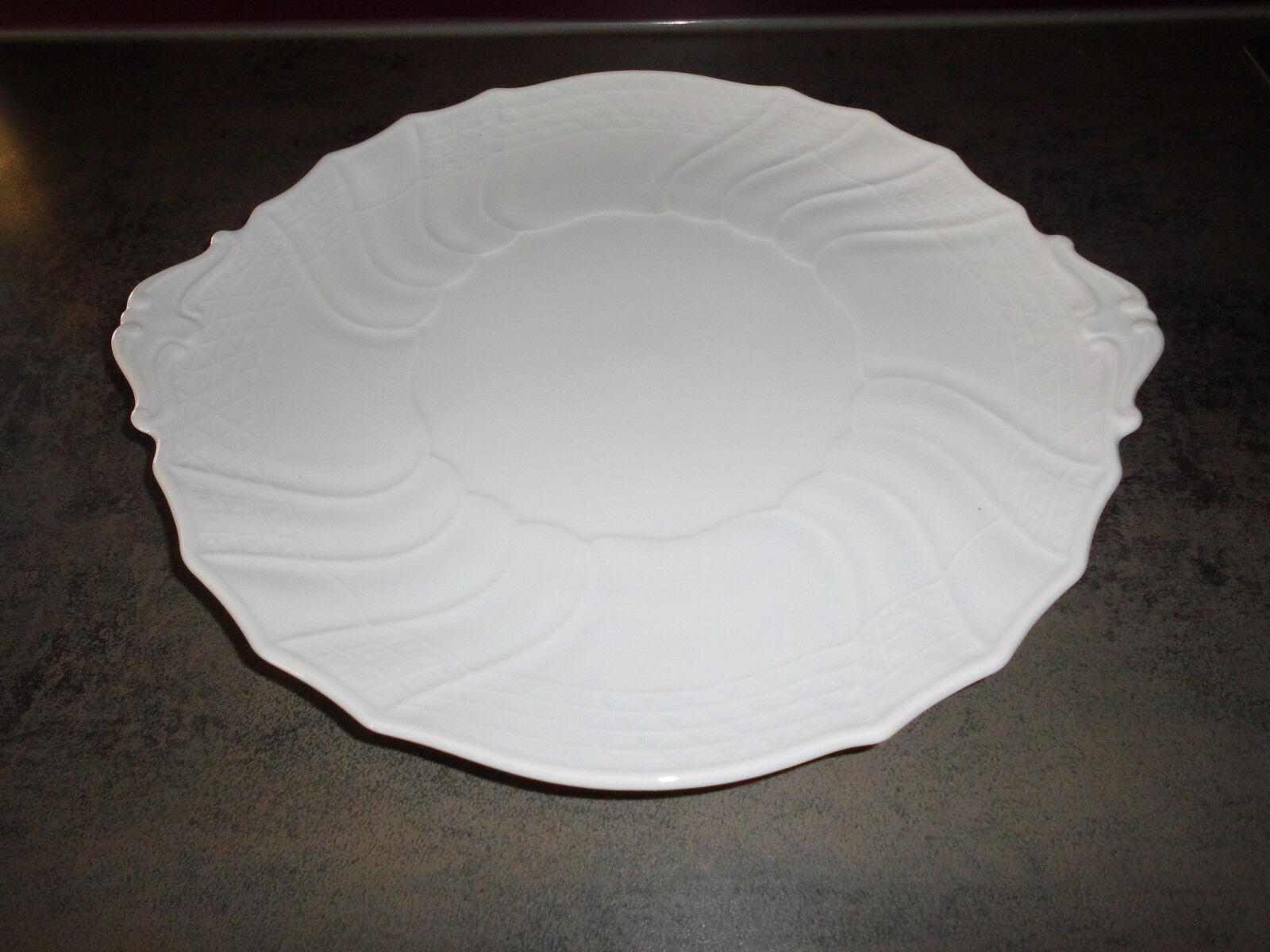 Hutschenreuther Dresden weiß 1 Kuchenplatte mit Handhaben  30  cm neuwertig   Reichlich Und Pünktliche Lieferung