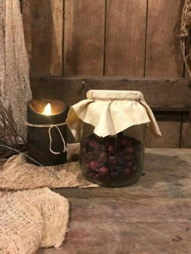 """Primitive Heart Dried Cranberry Garland Early Look Valentine/""""s Day Homestead"""