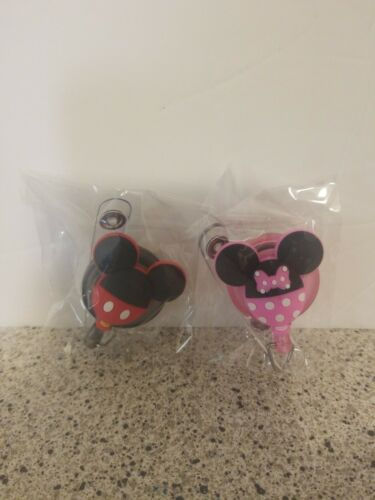 Retractable ID Badge Holder Disney Mickey And Minnie Mouse Theme