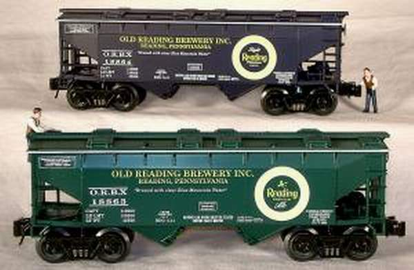 RMT/READY MADE TRAINS 2-BAY COVErosso HOPPER OLD READING BREWERY INC 2/PK. O GAUGE