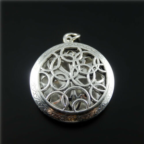 Retro Silver Round Hollowed Metal Locket Pendant Essential Oil Diffuser 2-Pack