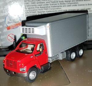 SCHUCO-FRIGO-US-TRUCKS-CAMION-GMC-3-AXES-Refrigerateur-ECHELLE-1-87-HO-NEW-OVP