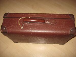 Antiker Koffer,Transportkoffer 1920.Jahre aus Vulkanfieber,Rohrplatte-Old decora