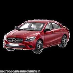 Mercedes Benz C 117 CLA Classe Rouge 1:18 neuf emballage scellé