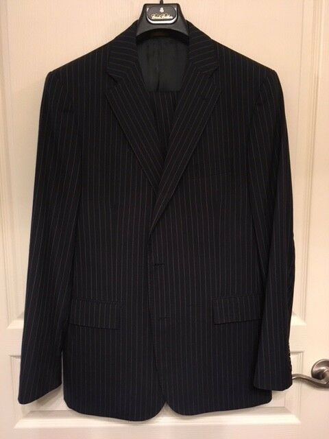 BROOKS BROTHERS 1818 Regent - Navy Pin Striped Suit - Größe 42R/36