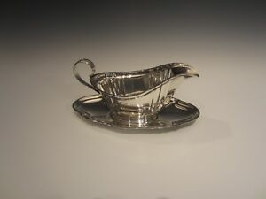 Gorham-Sterling-Silver-Chippendale-pattern-Gravy-Boat-and-Saucer-939-940