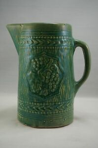 McCoy-Pottery-GREEN-GRAPE-LEAF-Stoneware-WATER-PITCHER
