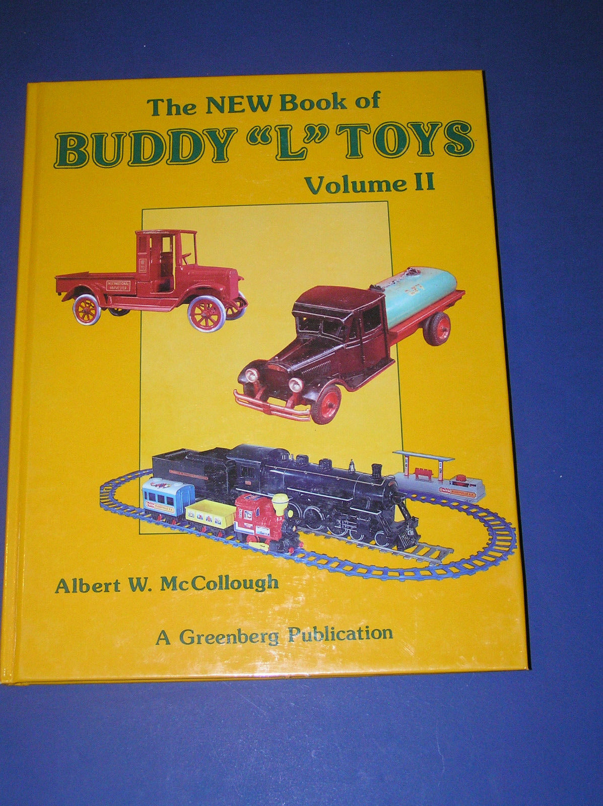 THE NEW BOOK OF  BUDDY  L  TOYS VOLUME 2