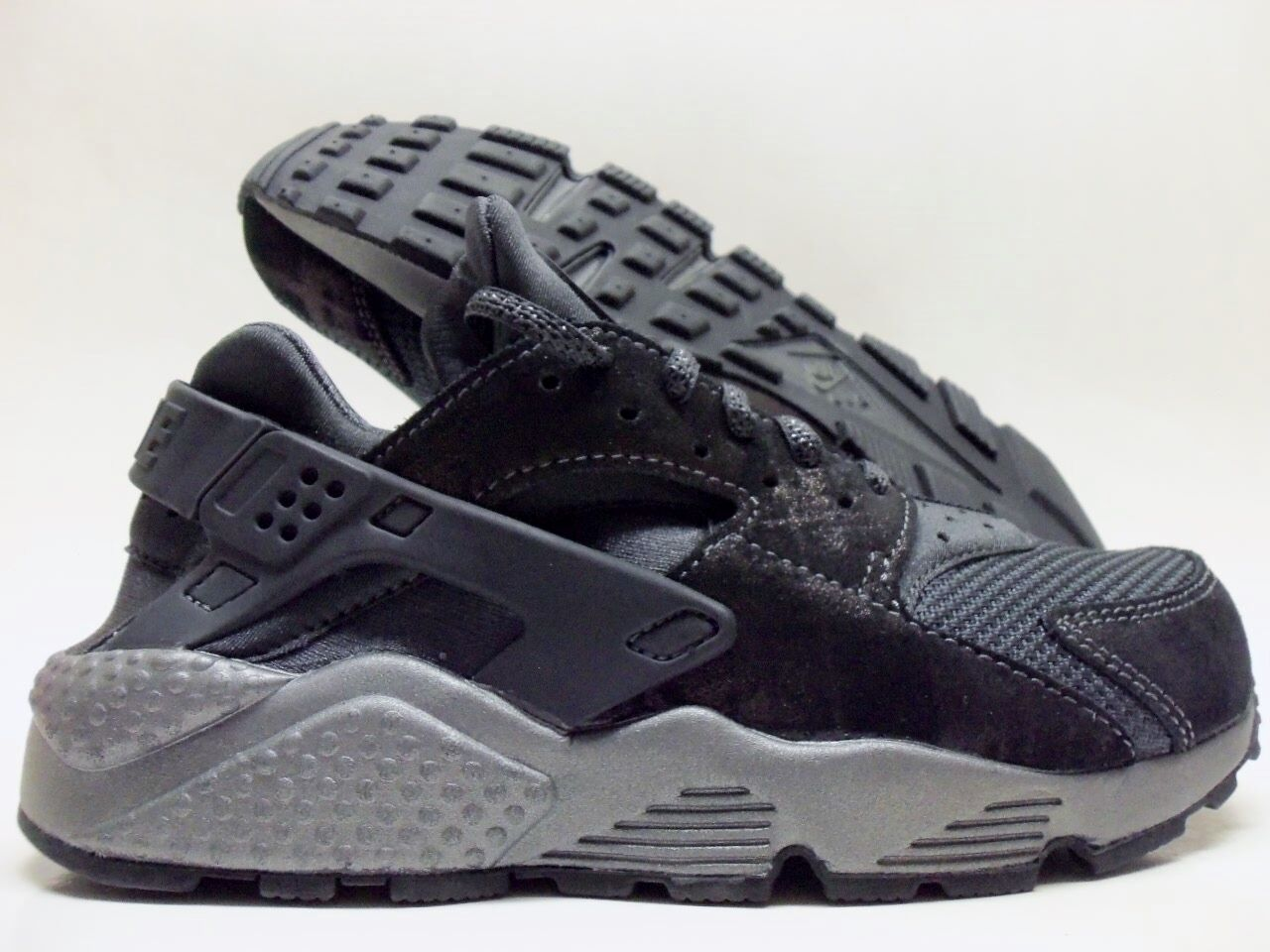 NIKE AIR HUARACHE RUN PRM ANTHRACITE/ANTHRACITE SIZE WOMEN'S 7 [683818-004]