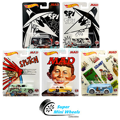 Hot Wheels Pop Culture Mad Magazine White /'66 Dodge A100 Van w//Real Riders