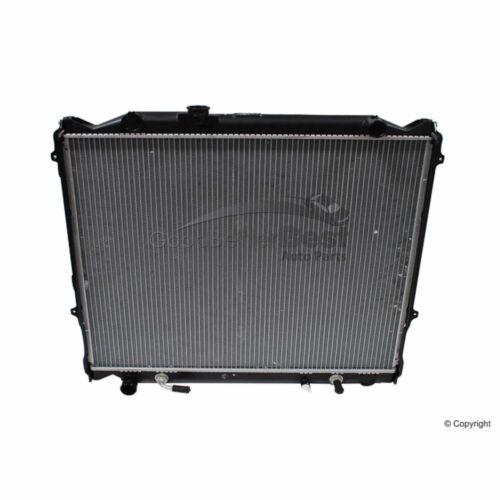 One New DENSO Radiator 2210508 16410YZZAJ for Toyota 4Runner
