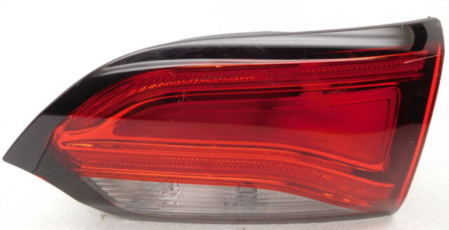 Oem Chrysler Pacifica Right Penger Gate Mounted Tail Lamp 68228952ae