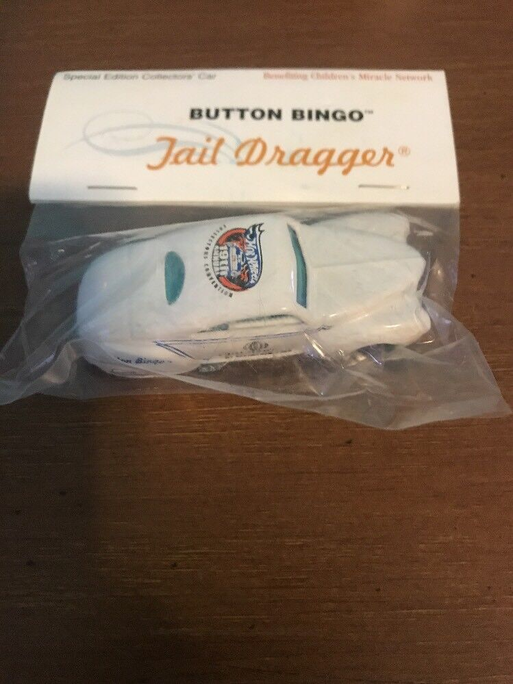 2005 Hot Wheels 19th Collectors Convention Bingo Tail Dragger White 1 250