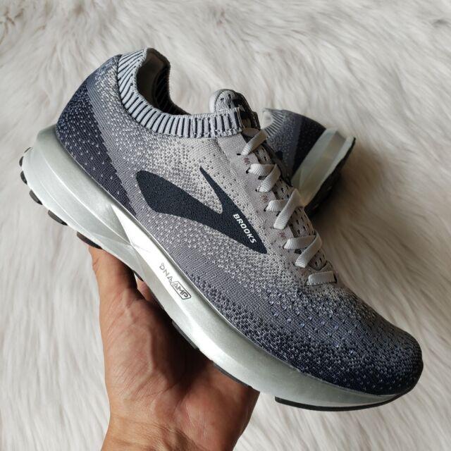Brooks Levitate 2 Running Training Sneakers in Grey/Ebony/White Womens Size 7