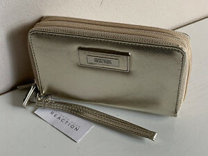 NEW-KENNETH-COLE-REACTION-CHAMPAGNE-GOLD-DOUBLE-ZIP-WALLET-WRISTLET-50-SALE