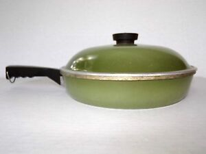 Vintage Club Cookware Skillet with Lid Avocado Green Frying Pan Aluminum Kitchen