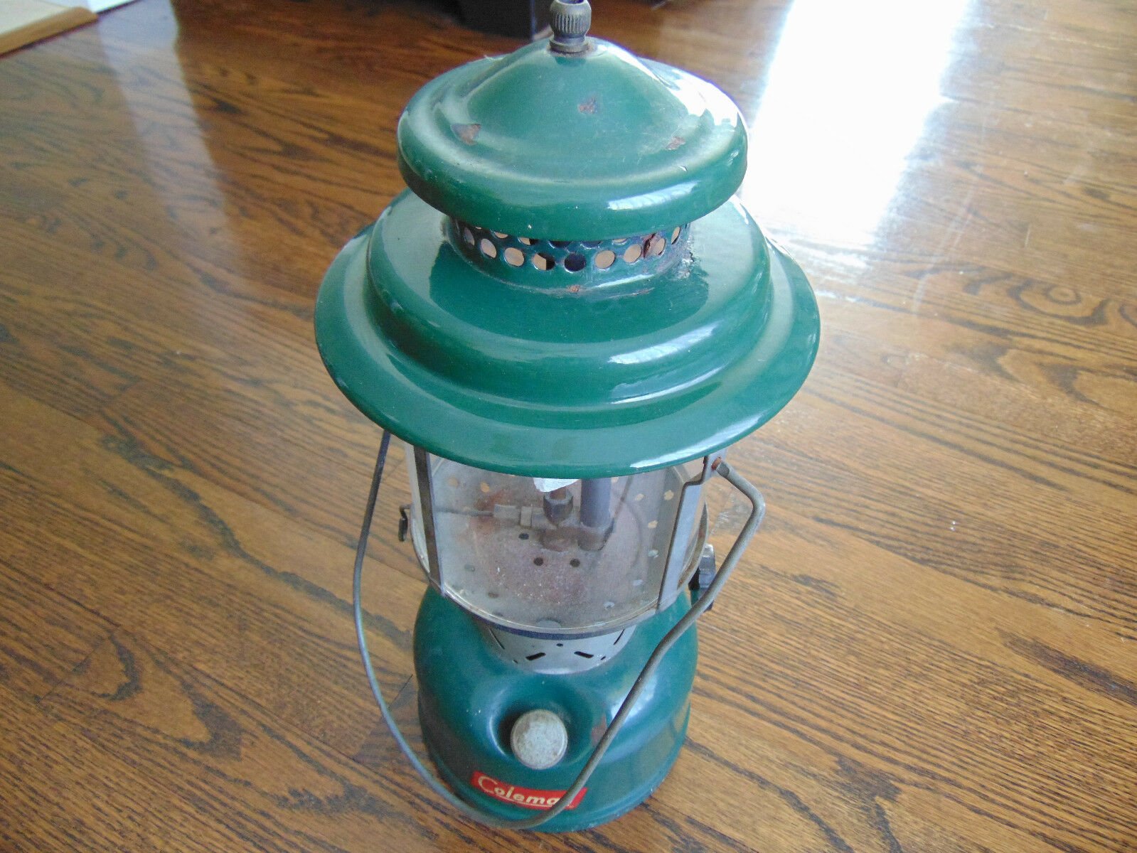 COLEMAN 220E DOUBLE MANTLE LANTERN STAMPED 60   great selection & quick delivery