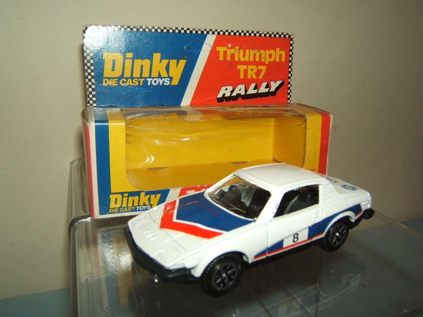 DINKY TOYS MODEL No.207   TRIUMPH TR7  RALLY  Sport CAR       VN MIB
