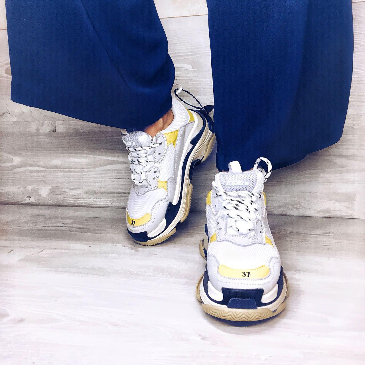 BALENCIAGA Triple S Sneakers, Perfect Condition.