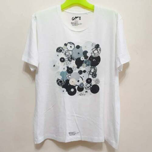 UNIQLO FUTURA T Shirt  Abstract Expressionist Size
