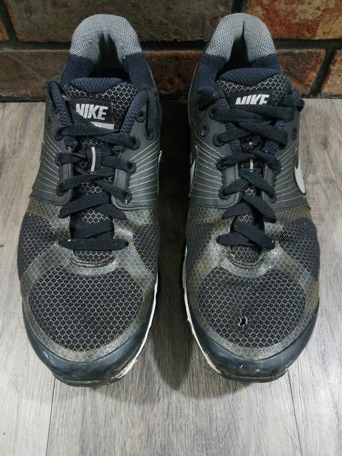 Nike Air Max Plus 2010 Men Athletic Running Gym Swoosh Shoes Size 10.5 Sneakers