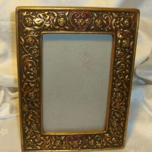 Vintage-Gold-Tone-Ornate-Photo-Frame-Hearts-Roses-Holds-4-034-x-6-034-Picture-21