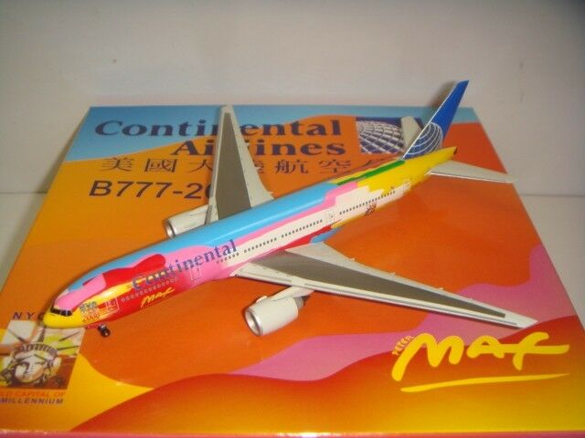 Dragon Wings 400 Continental Airlines Co B777-200ER  Peter Max Couleur  1 400