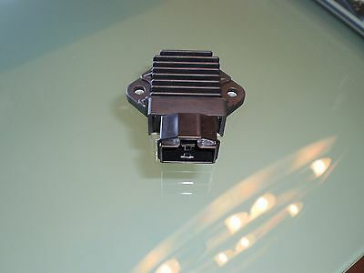 Vereinigt Cbr900 Sc28 Sc33 Lichtmaschinenregler Cbr600 Pc25 Pc31 Regulator Japan Sh693-12 100% Original