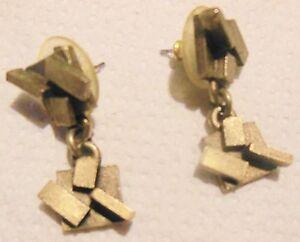 VertrauenswüRdig Biche De Bere Ohrring 1 Ter Tropf-Trocken Metall Vergoldet Modernist Unterzeichnet