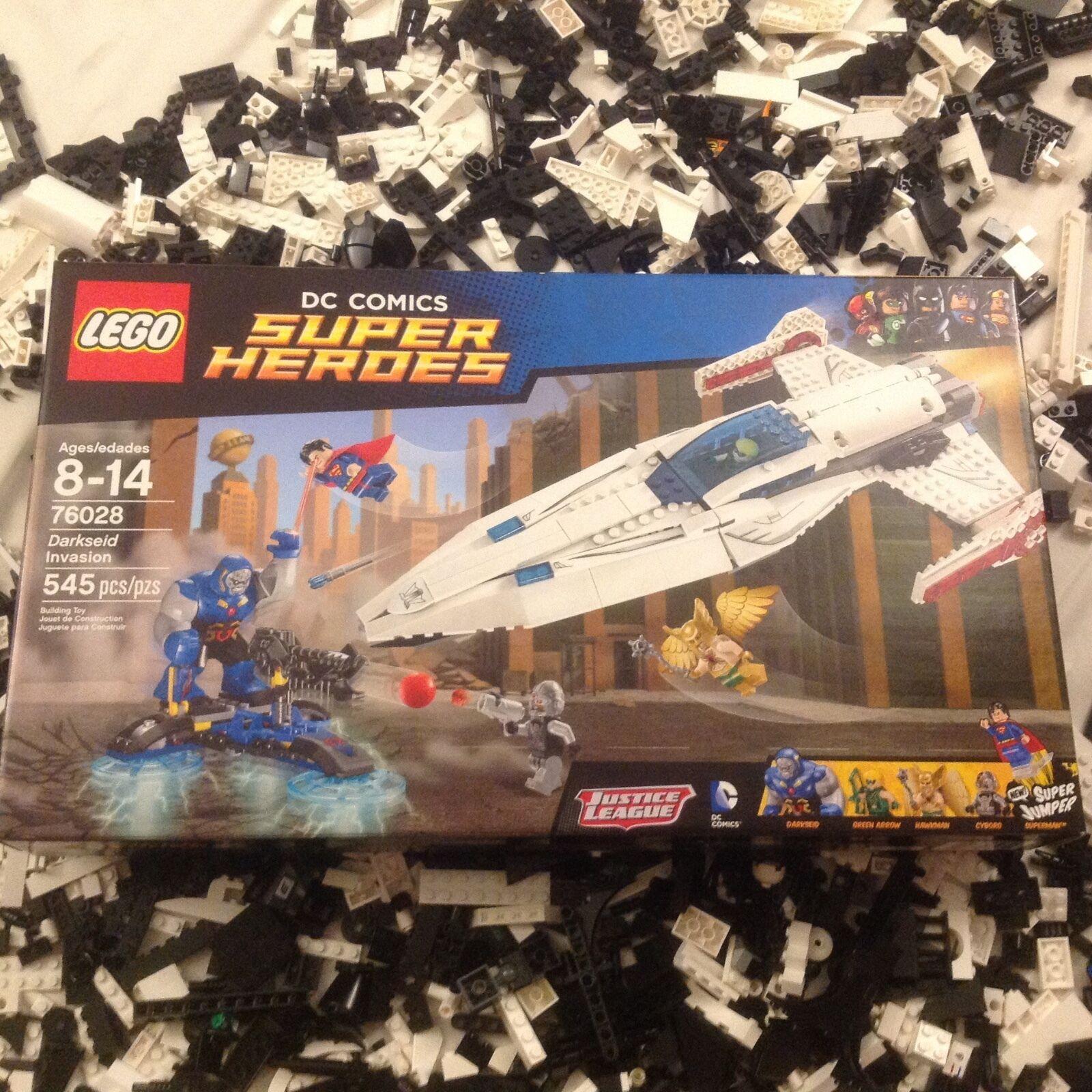 LEGO DC Comics Super Heroes Darkseid Invasion Leg 76028 Scellé prêt à Expédier